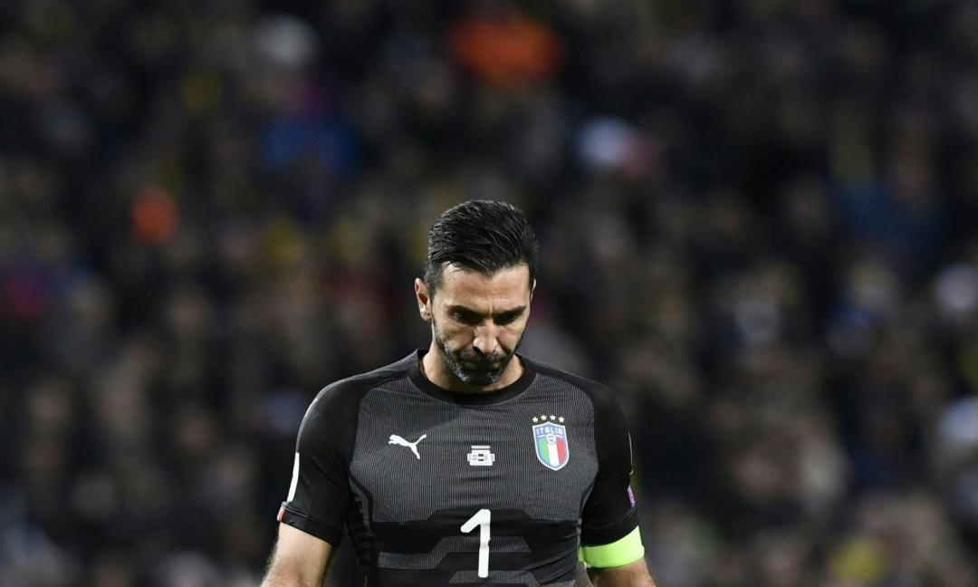 Buffon in lacrime:
