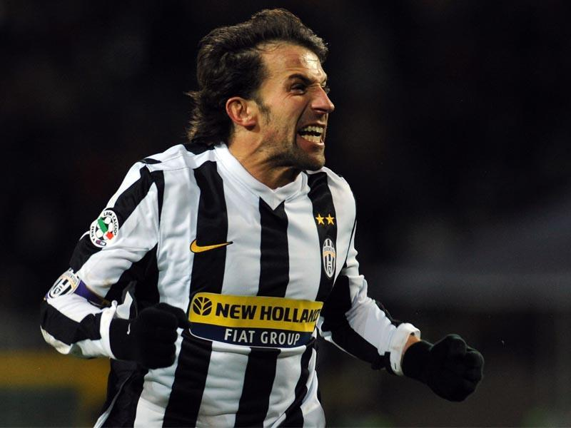 La Juve festeggia Del Piero: 'Happy birthday'