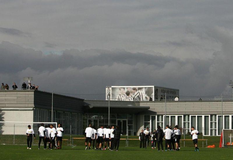 Juve, a Torino arrivano allenatori da tutto il mondo: ecco perché