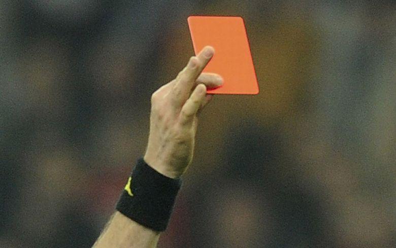 Figc, UFFICIALE: pene più severe per le aggressioni agli arbitri