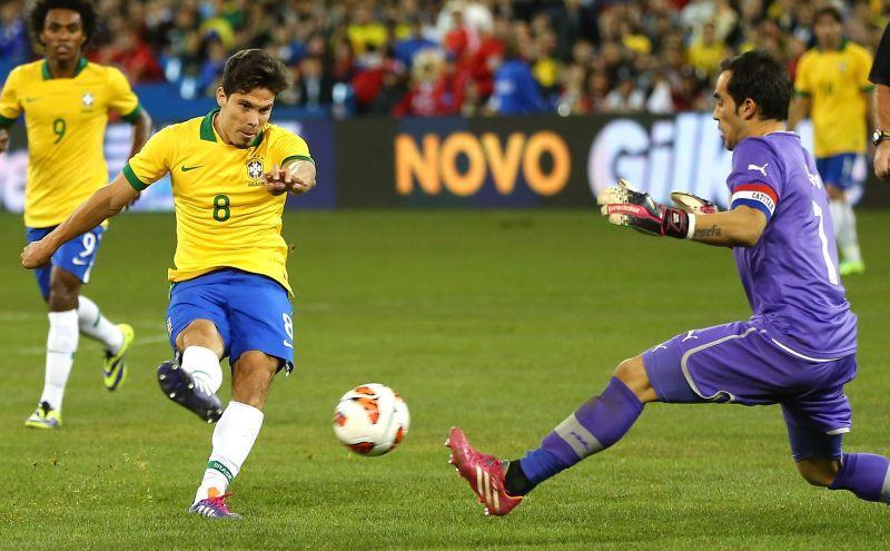 Hernanes torna top dopo la Juve: 'Voglio la Nazionale!'