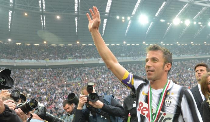 Da Dybala a Marchisio: tutti i messaggi di auguri per Del Piero