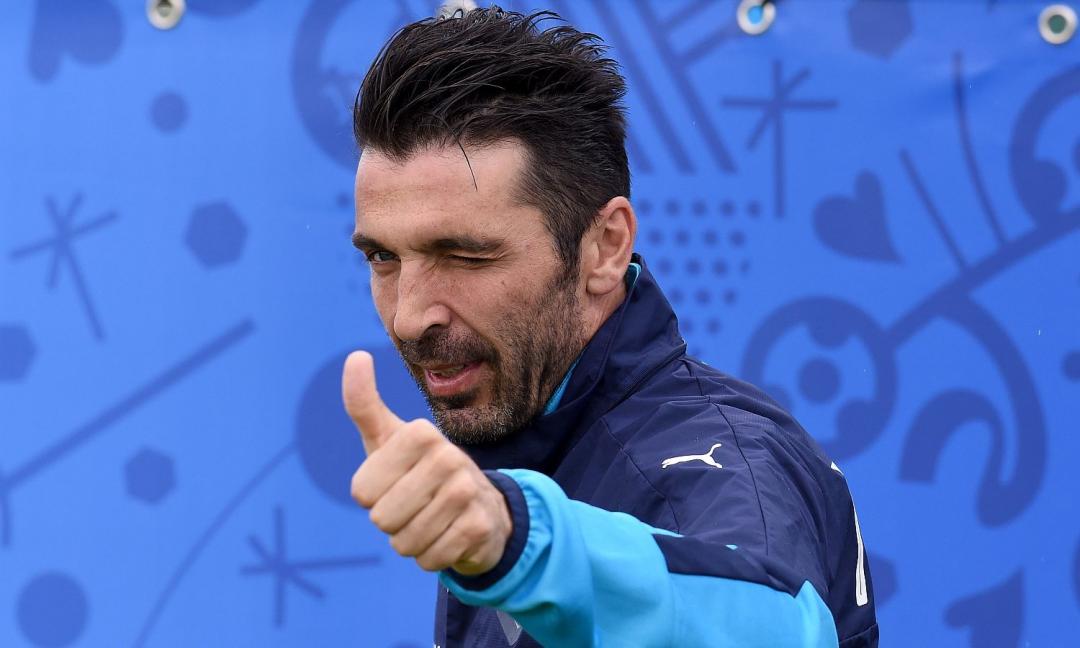 Europei, Buffon carica gli Azzurri: 'Il popolo è con voi!' FOTO