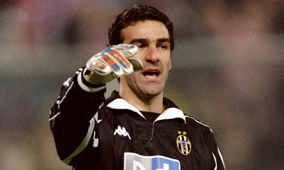 Gli auguri della Juve a un portiere che 'ha vinto tutto' FOTO