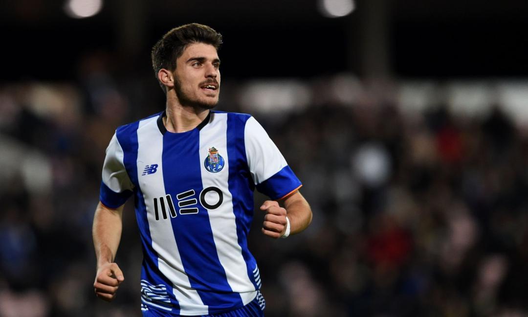 Juve per il centrocampo spunta un nome nuovo: arriva dal Porto
