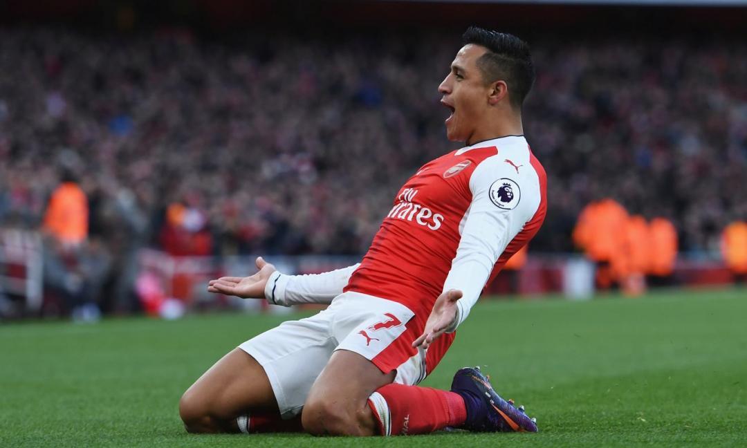 Sanchez, quale futuro? L'attaccante è a Parigi