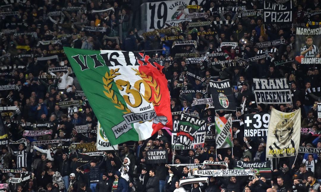 Curva Sud chiusa contro il Genoa: i tifosi della Juve protestano così FOTO