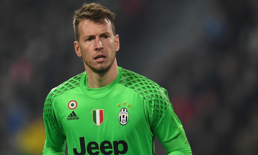 Il Milan vede l'agente di Neto: i dettagli e le parole dopo l'incontro