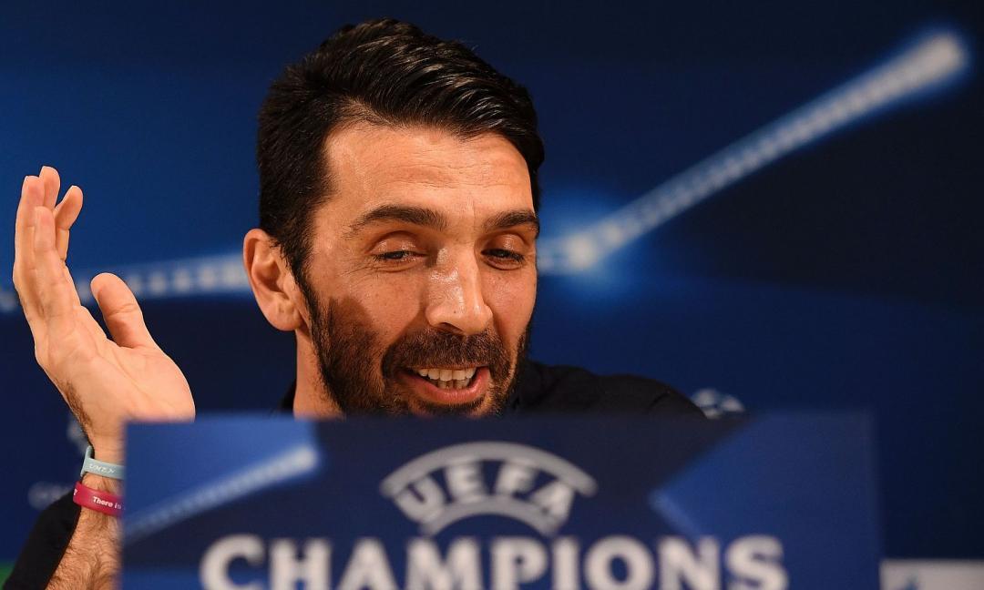 Buffon, i bookmaker scommettono su un futuro 'alla Totti'