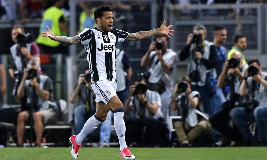Juve-Lazio 2-0, le pagelle: Dani Alves show, Alex Sandro perfetto