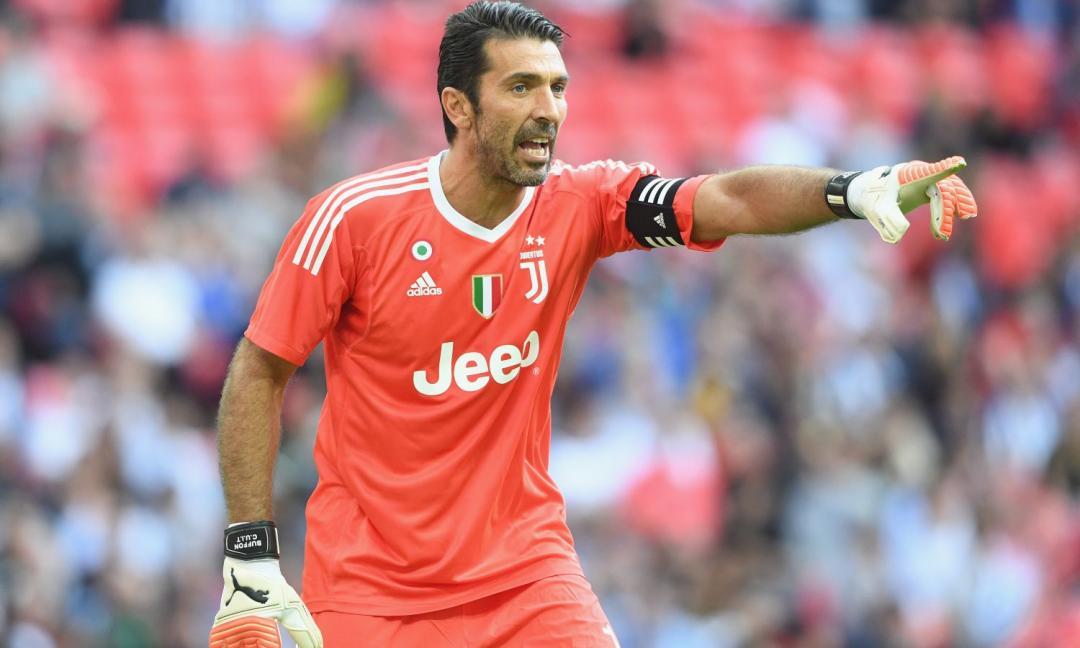 Buffon come Higuain: dalle critiche alla papera di Bergamo. E Szczesny...