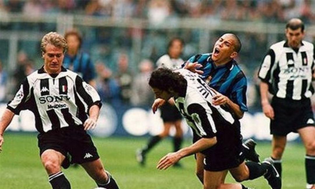 Ceccarini: 'Iuliano-Ronaldo? Anche col VAR niente rigore!'