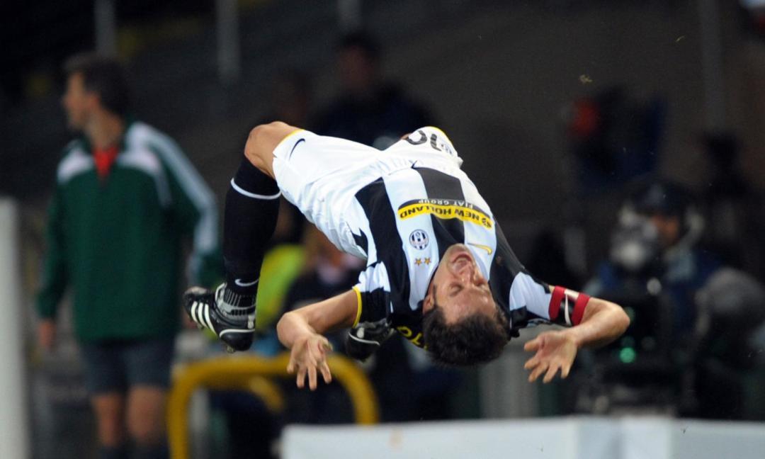 La magia di Del Piero: punizione da 40 metri e... un'esultanza inedita