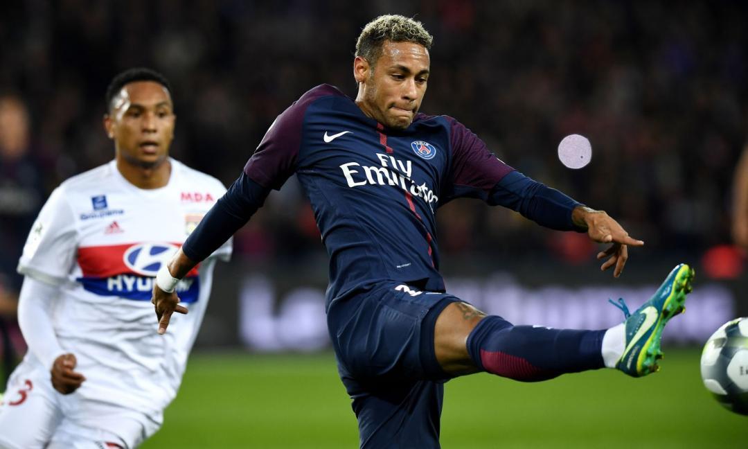 Offerta shock per Neymar: Perez pronto ad offrire due stelle del Real