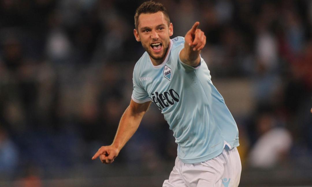 Lazio, Tare: 'De Vrij? Magari firma domani. La sua volontà...'