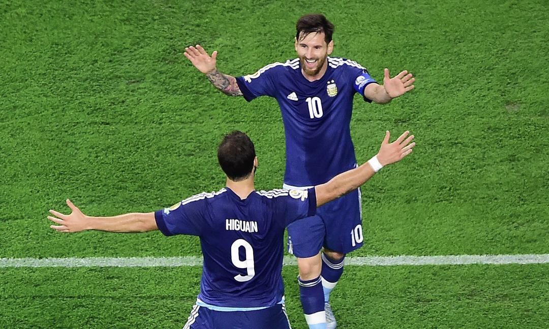 Messi: 'Higuain? E' uno dei migliori al mondo, in Nazionale deve esserci'