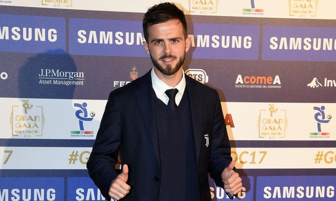 Inter, Icardi perde la fascia: 'like' di Pjanic