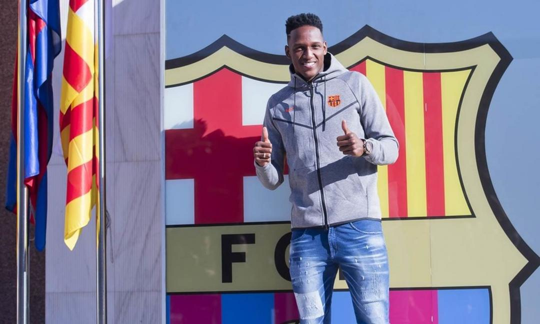 Barcellona, presentato Yerry Mina VIDEO