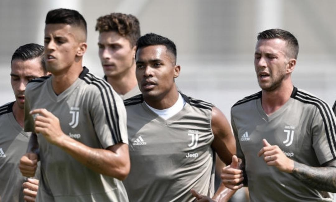 Juve, l'allenamento LIVE: FOTO e VIDEO dal Training Center