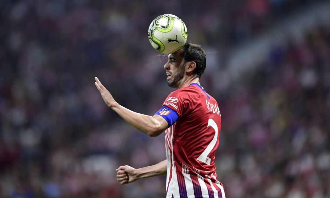 Dalla Spagna: niente Juve per Godin, pronto il rinnovo con l'Atletico