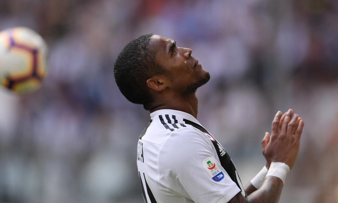 Giudice Sportivo, UFFICIALE: 4 giornate a Douglas Costa, multa alla Juve!