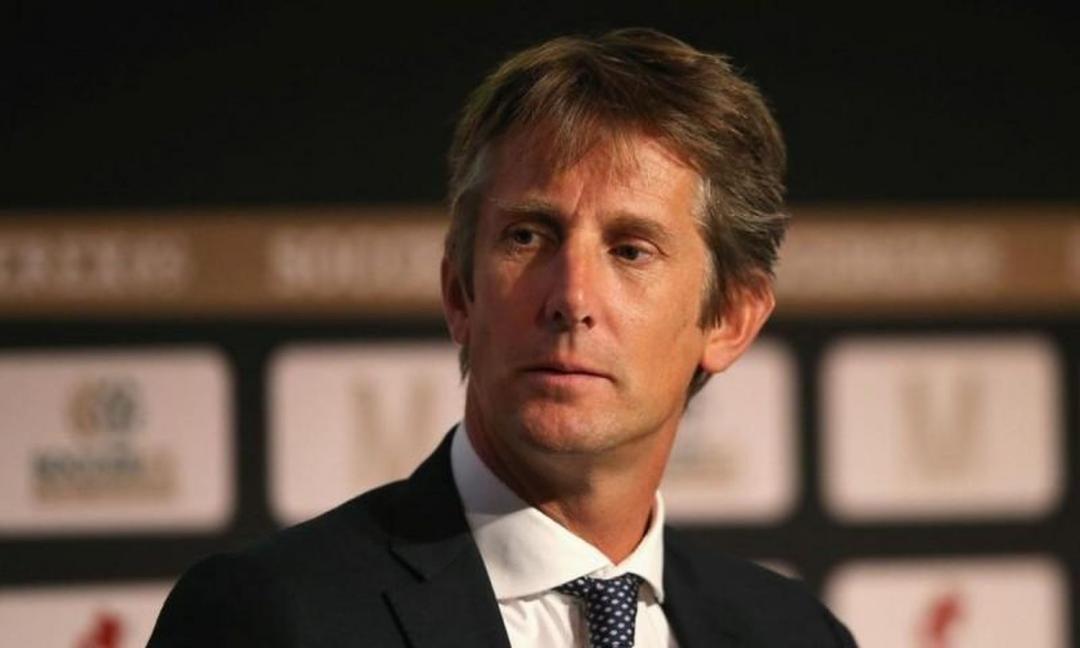 Agnelli e Van Der Sar lasciano il pranzo Uefa: il siparietto VIDEO