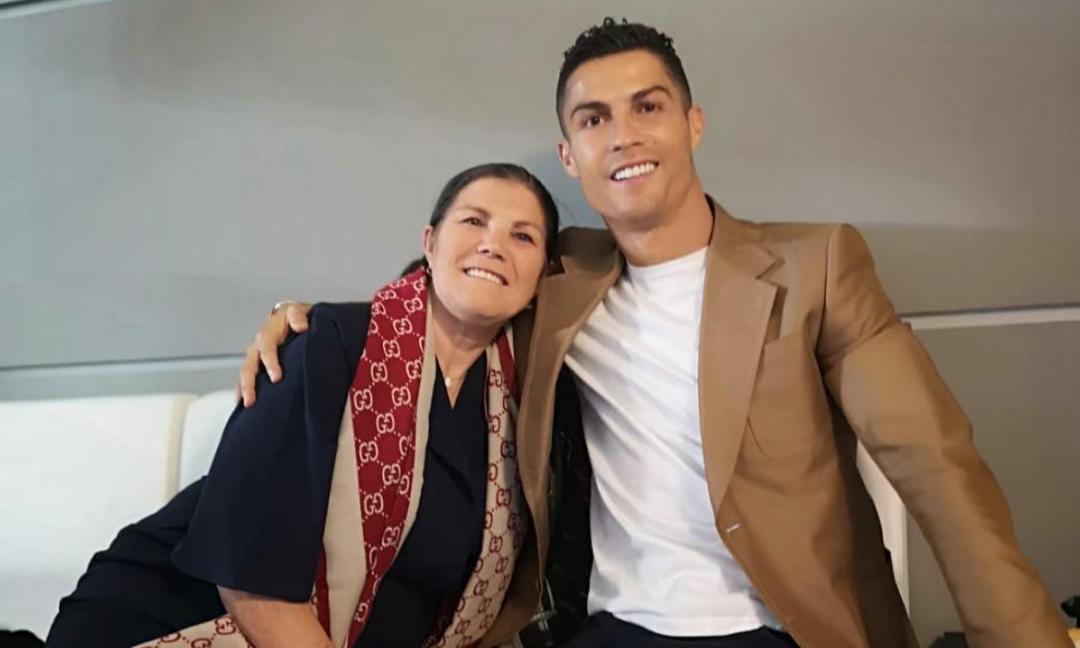 La madre di Ronaldo: 'Buona fortuna, Juve!' FOTO
