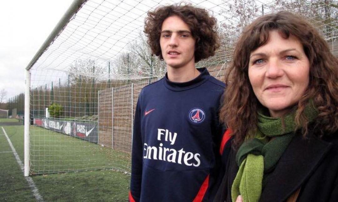 Rischio Rabiot: mamma Veronique è peggio di Wanda, che liti con City e Roma