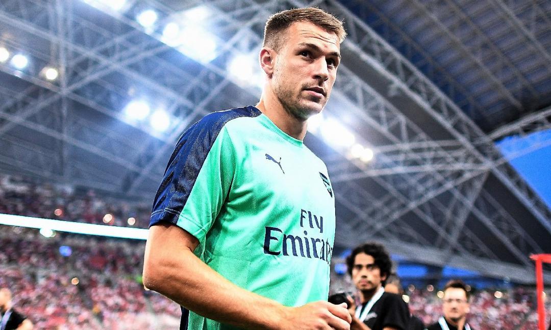 Mercato, la giornata: Ramsey, c'è la data della firma, Dybala chiama Pogba