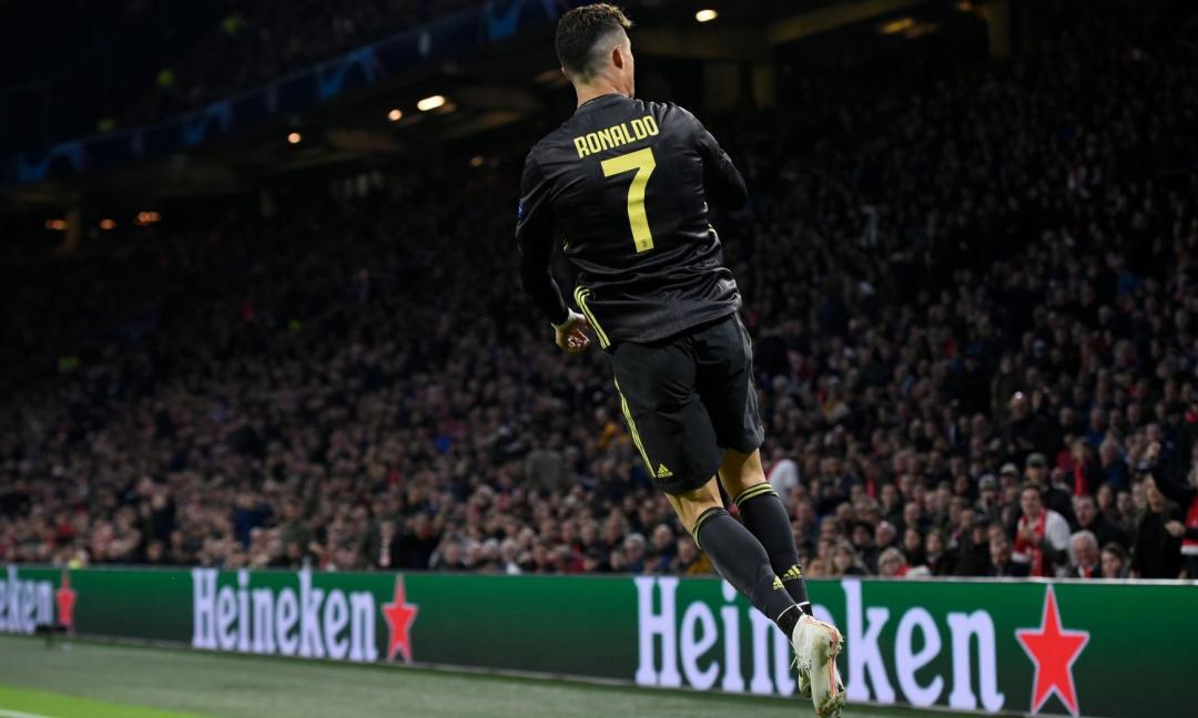 'Siuuu' dei tifosi a Ronaldo, lui risponde così VIDEO