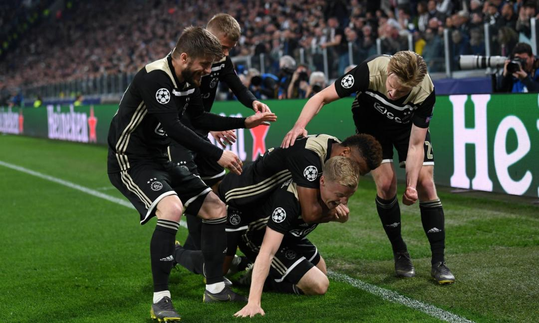 Ajax, Van de Beek spaccone: 'Potevamo farne 5 alla Juve'