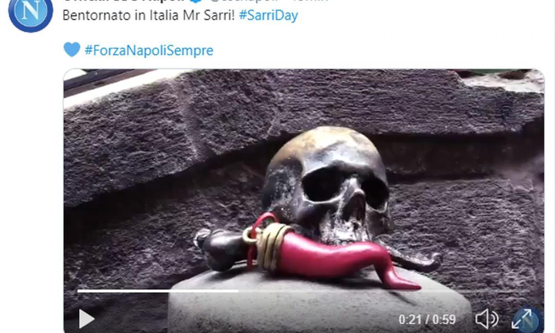 Il Napoli dà il 'bentornato' a Sarri su Twitter: ecco il VIDEO