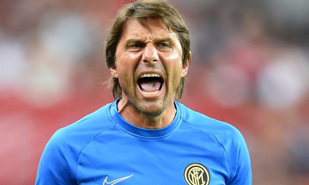 Conte fa la lista della spesa: c'è anche un ex Juve