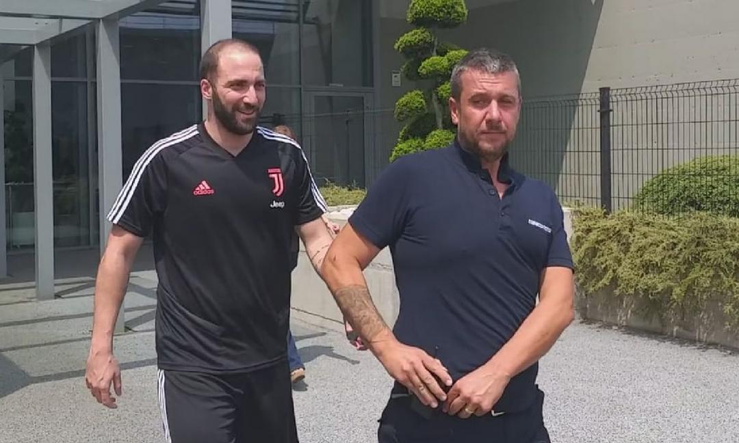 La Roma non molla Higuain, ma il giocatore rifiuta tutte le offerte