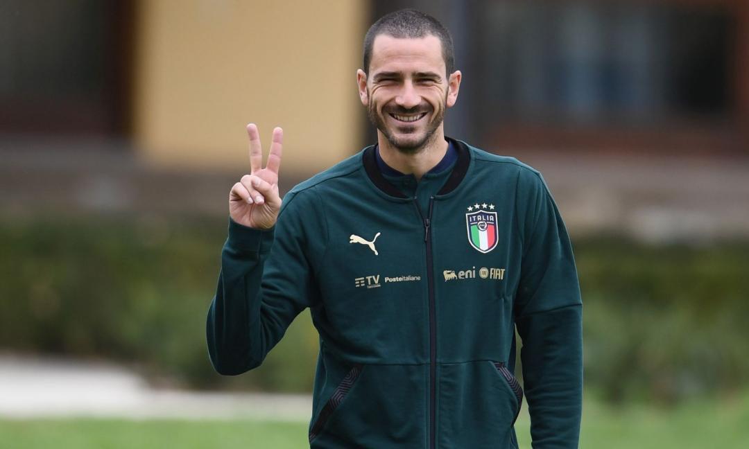 'Forza Juve', Bonucci fa sorridere i bimbi in ospedale. E Acerbi: 'Finché non finisco il giro non me ne vado!'