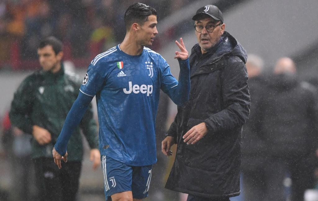 Sarri: 'Ronaldo? Ha un problemino al ginocchio...' VIDEO