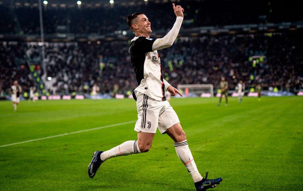 Dall'Inghilterra: 'Scandalo Uefa: cambiata la top 11 per Ronaldo!'