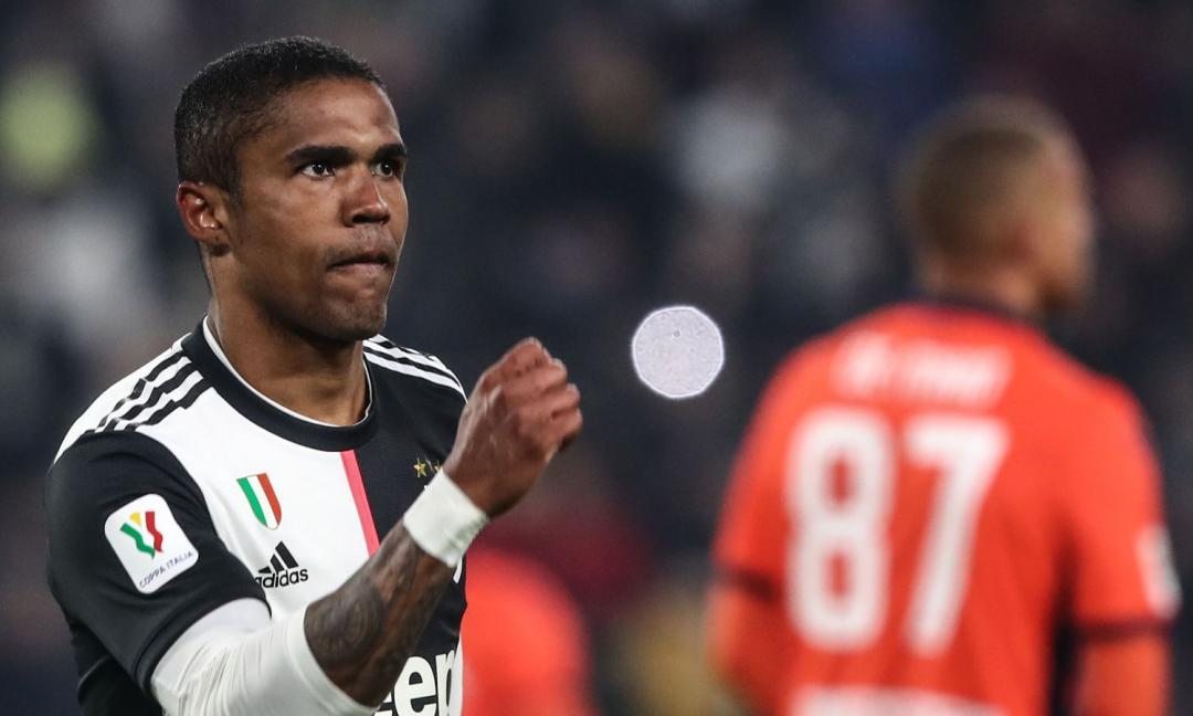 Juve, quanto torna a Torino Douglas Costa