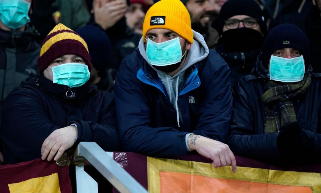 Coronavirus, vende mascherine a 5 euro a Caselle: denunciato