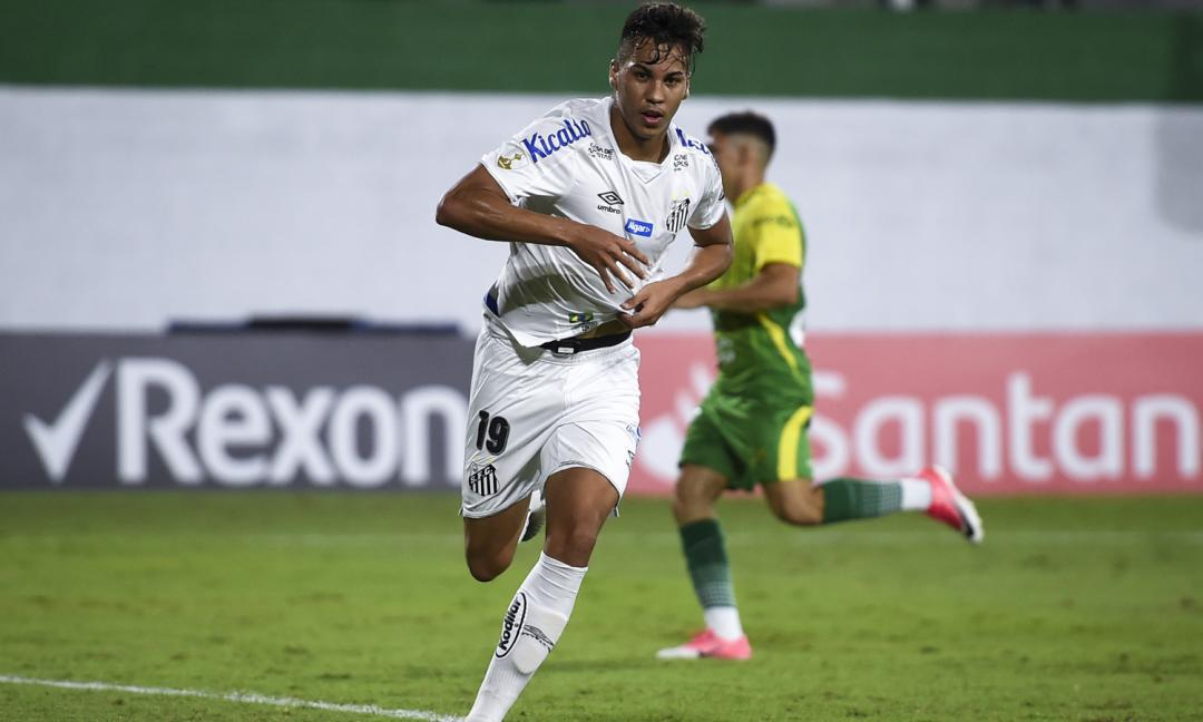 Kaio Jorge, un talento nato su YouTube che ora sogna la Juve: ecco chi è il gioiello del Santos