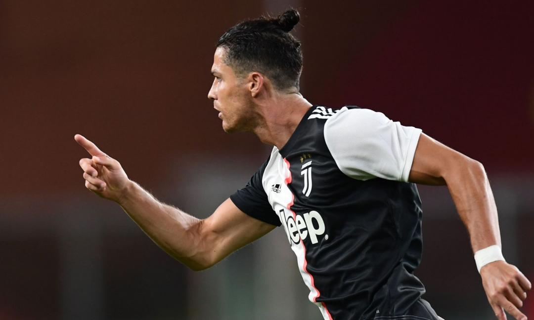 Genoa-Juve, le PAGELLE: Douglas Costa meraviglia, CR7 wow! E Dybala è magia