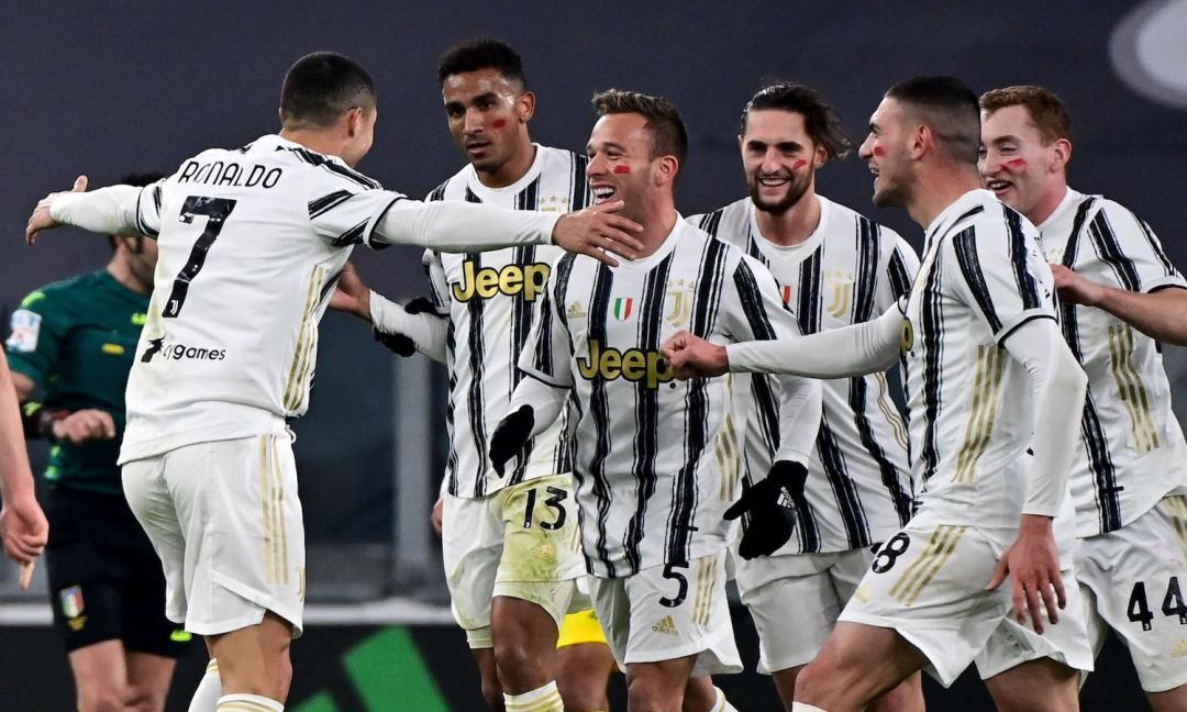 Dalla carica di Ronaldo alla foto tra Dybala e capitan Cuadrado: tutta la Juve esulta sui social