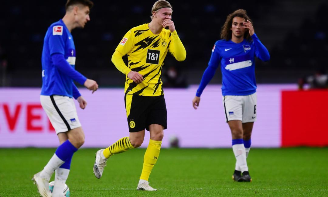 Juve, guarda che Haaland! Il suo poker fa volare il Dortmund VIDEO