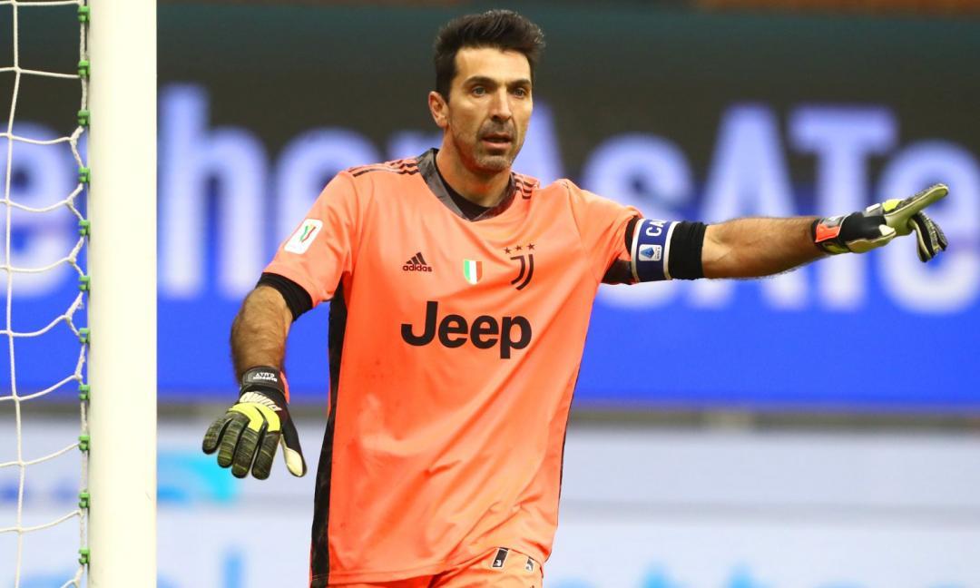 Buffon da record: 'Orgoglioso di averlo raggiunto senza strisciare. Inter favorita? Ha un grande allenatore'