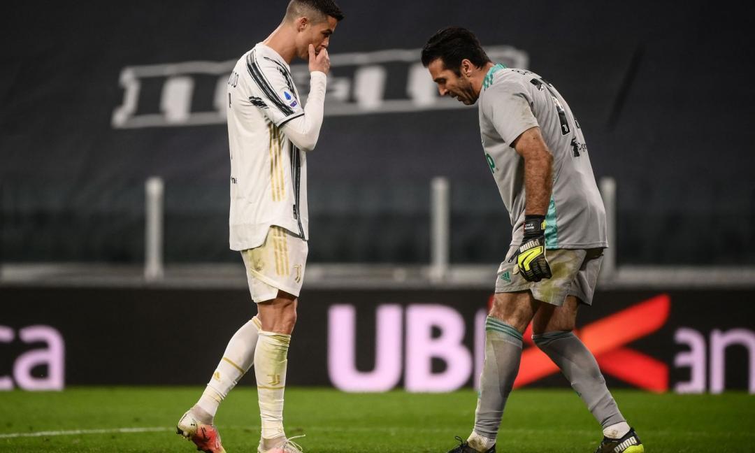 L'ex compagno di Buffon: 'Può giocare fino a 45 anni'