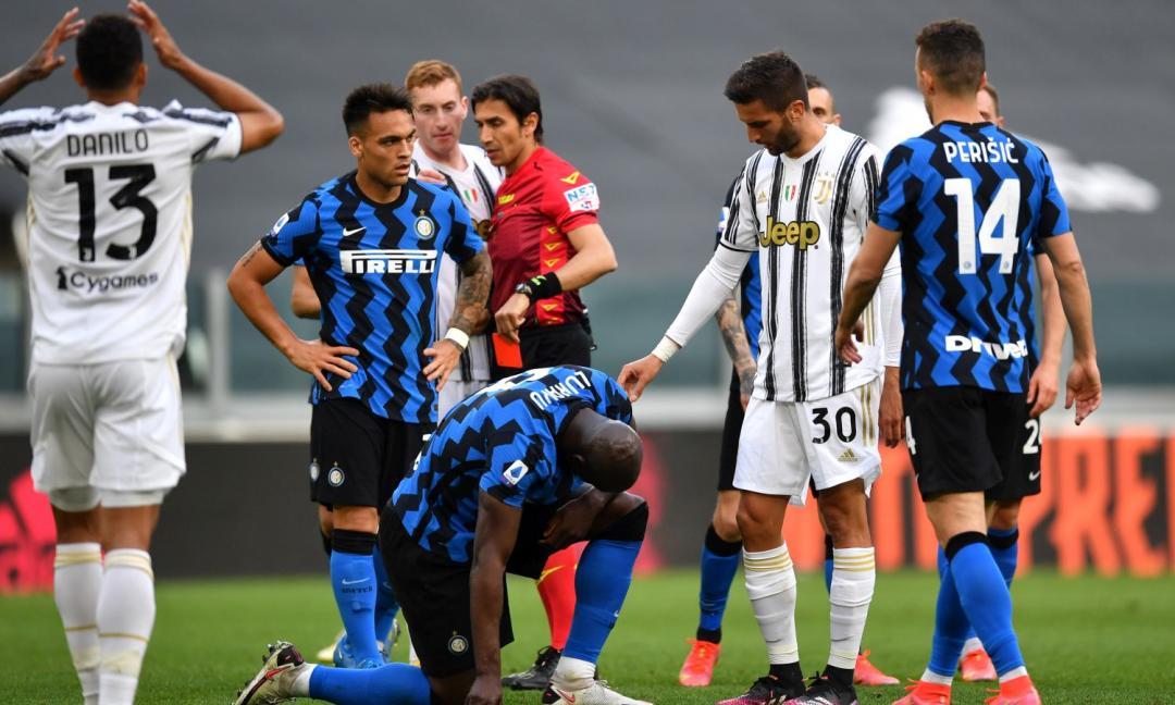 'Brutto colpo per la Juventus: si dimette l'arbitro Calvarese': il titolo che fa infuriare