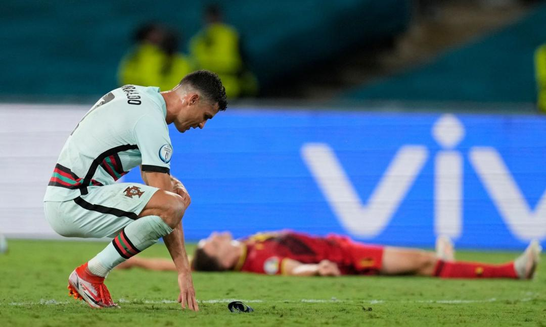 'Ronaldo non ha fatto i complimenti all'Italia per gli Europei' e invece li ha fatti: bufera Sabatini
