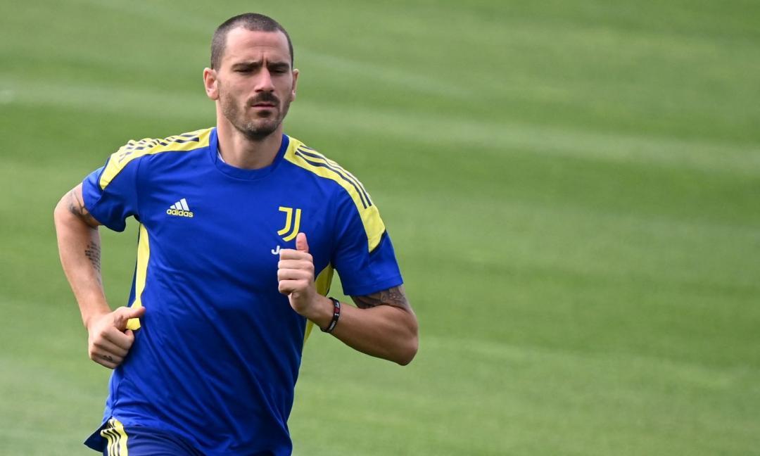 Juve, Bonucci e la frecciata di Allegri: 'C'è un capitano con la fascia e uno senza'