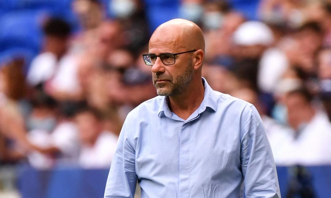 Lione, l'allenatore si scaglia contro Uefa e FIFA: 'Pensano solo ai soldi'